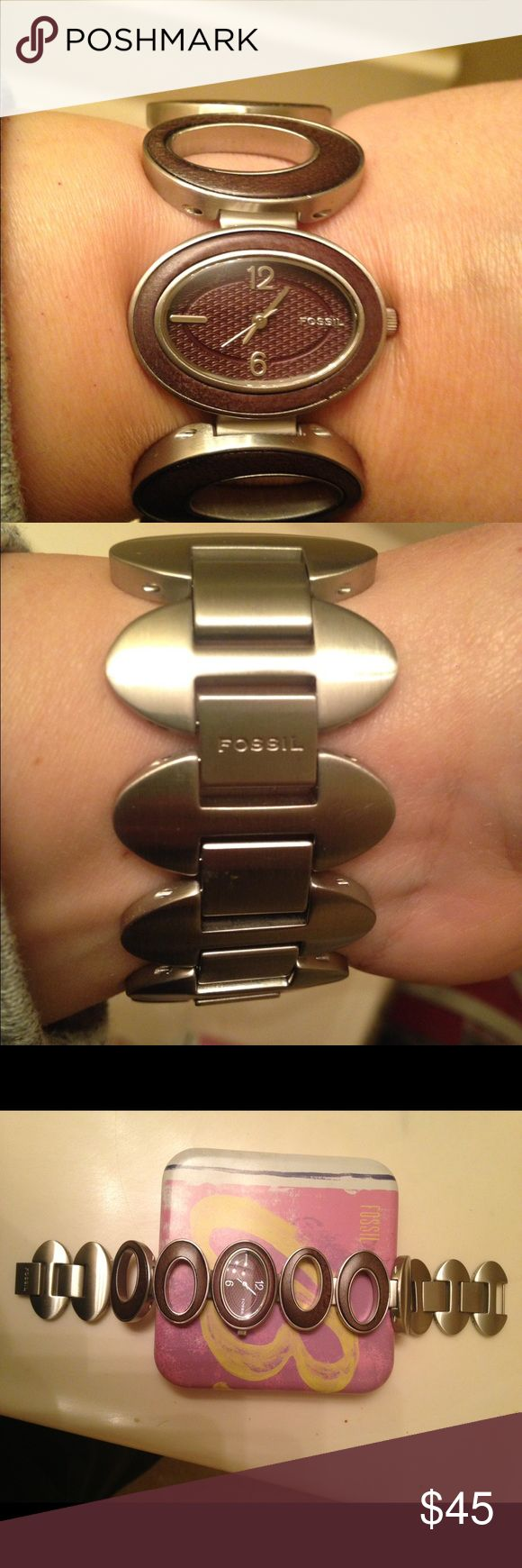 Ladies watch Brand new never used but needs a battery Fossil Accessories Watches