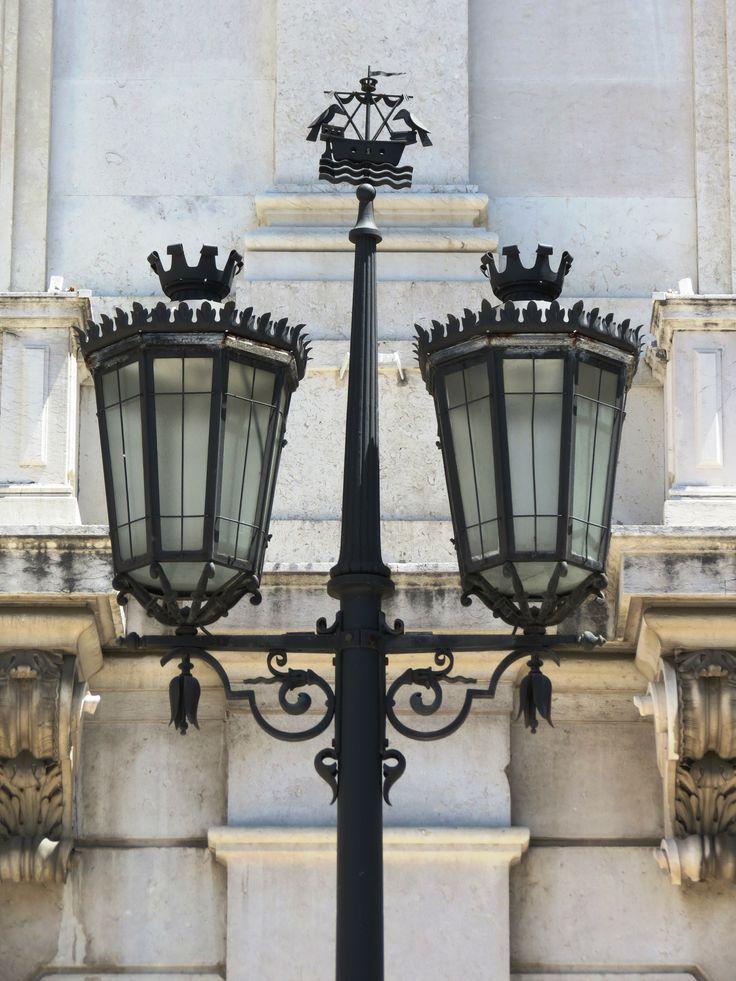 Lisbon, Lanterns