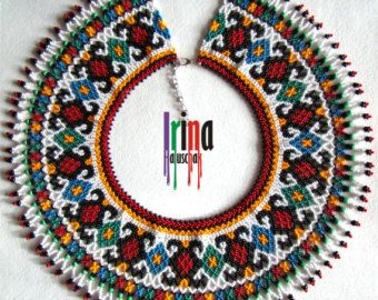 Collar tradicional ucraniano. Collar con cuentas por IrinaHaluschak