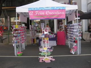 Hair Bow Booth Displays | ... Hair Bow Instructions--Learn how to make hairbows and hair clips, FREE