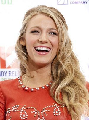 Blake Lively in red