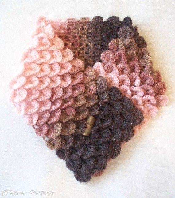 crochet crocodile stitch...interesting!  YouTube video on how to crochet stictch.  http://www.youtube.com/watch?v=RUNtrp_Vj4o