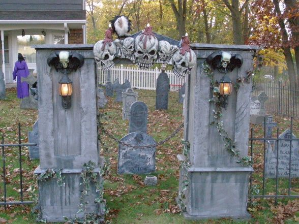 information about rate my space outdoor decorationshalloween - Cemetery Halloween Decorations