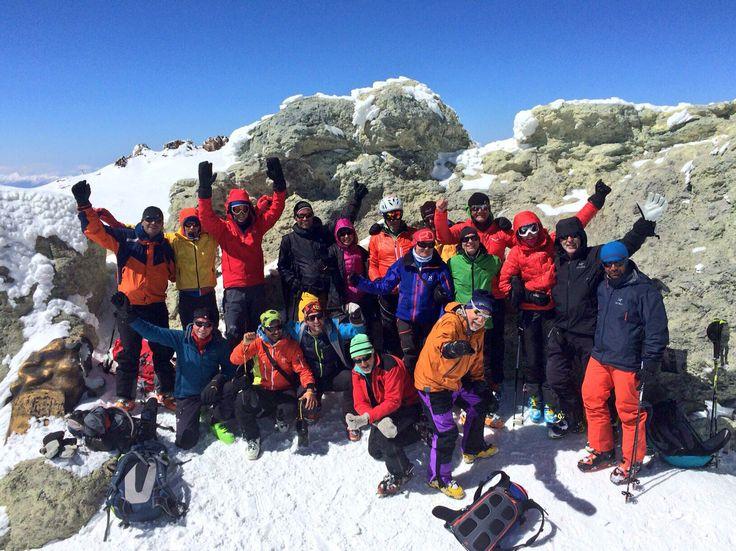 Gipfelerfolg an Irans höchstem Berg dem Damavand 5.671 m  http://www.amical-alpin.com/2016/04/03/gipfelerfolg-iran-damavand-5-671-m/  Wir gratulieren ganz herzlich!!!