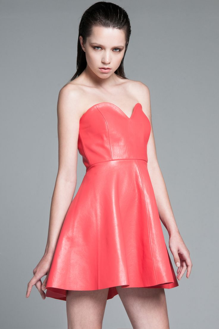 Summerly dress! orange pink strapless only for fashionably girls...