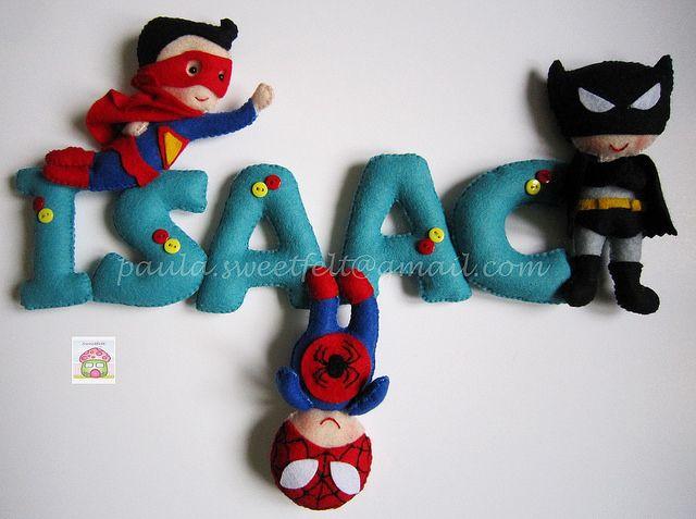 ♥♥♥ Super heróis a caminho do Canadá para o quartinho do Isaac... by sweetfelt  ideias em feltro, via Flickr