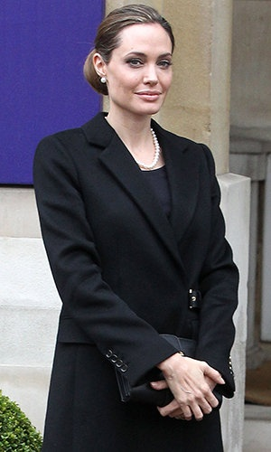 Angelina Jolie Will Remove Her Ovaries Following Double Mastectomy  http://omg.yahoo.com/blogs/celeb-news/angelina-jolie-remove-her-ovaries-following-double-mastectomy-145914274.html