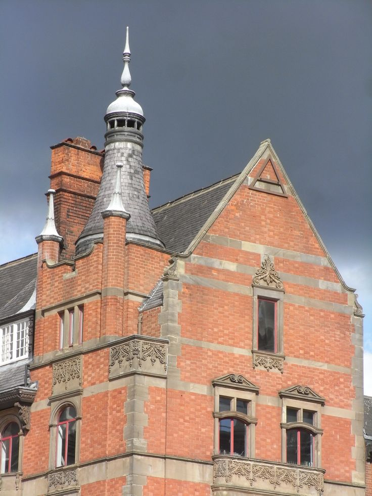 One of many 'Watson Fothergill' buildings in Nottingham city centre                    GMR 2012