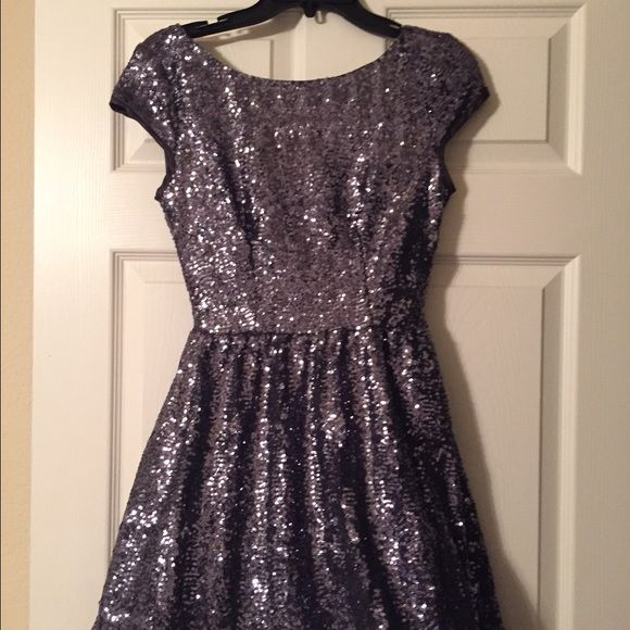 Sparkly dress Sz Small Stunning darkly grey dress with open back. Wore once, no use for me anymore. Looks great on anybody! Dresses Mini