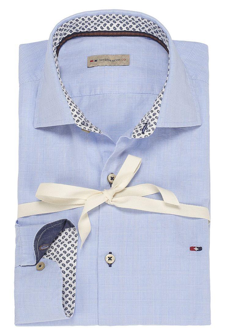 Camicia tinta unita color celestino con doppio tessuto sul colletto e sui polsini. Seguici anche su                            www.redisrappresentanze.it