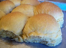 Bread Machine Buttery Rolls (1) From: Money Saving Mom, please visit