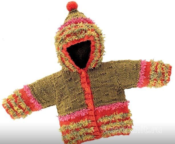 Спицами детское пальто с капюшоном и бахромой фото к описанию