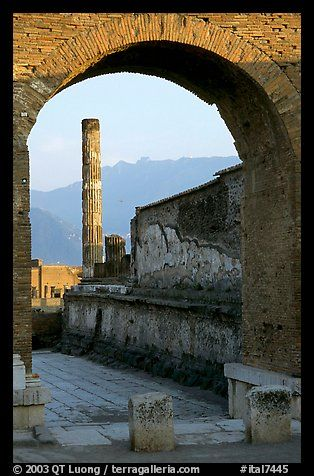 Archway and column. Pompeii, Campania, Italy - by Q T Luong