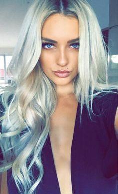 Gorgeous ash blonde waves