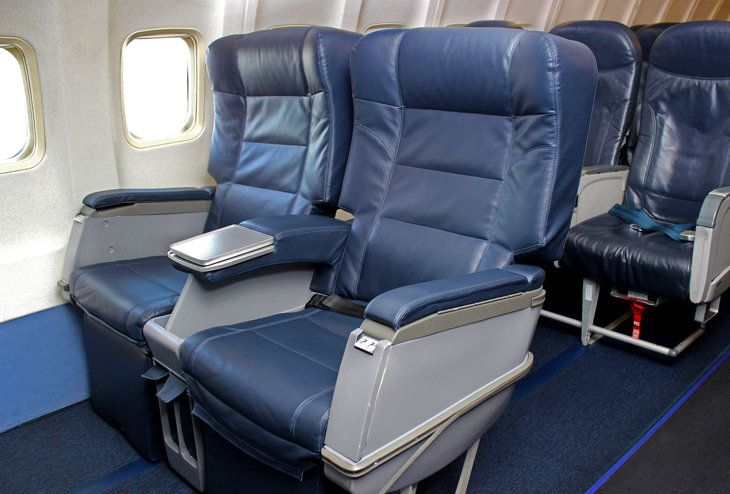 Allegiant Air's Giant Seats are a roomier 25 inches in width, up from the standard 17.5 inches. (Photo: Allegiant Air)