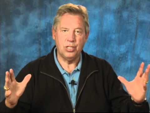COMMUNICATION: A Minute With John Maxwell, Free Coaching Video