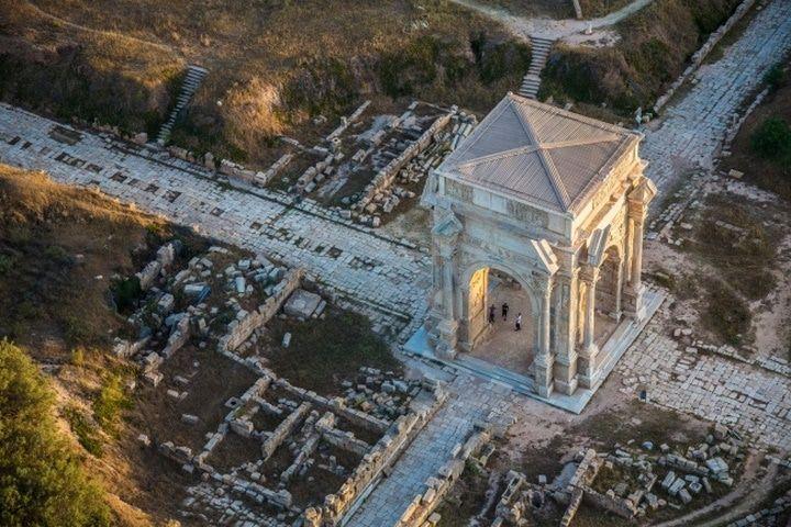Une vue aérienne de Leptis Magna à l'ouest de la Libye