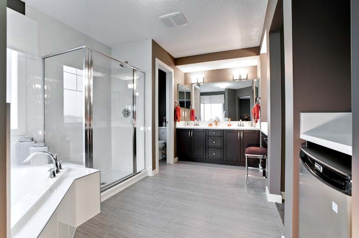 Owner's ensuite in Leera Showhome in Sherwood in NW Calgary, Alberta, by Shane Homes
