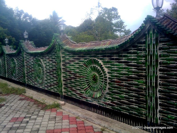 Wat Charok Padang (glass bottles temple) « Chasing Mirages
