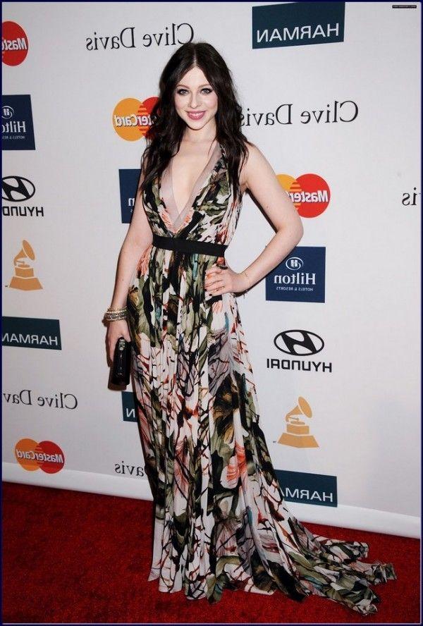 Pre_Grammy_Michelle-Trachtenberg-Evening-Dress