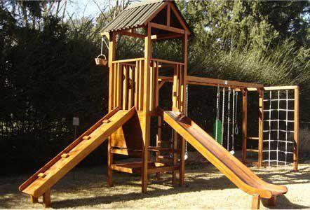 Juegos de Madera para jardin - Morgan SC Mangrullo de 1.50m x 1.50m con techo de chapa ecológica verde.