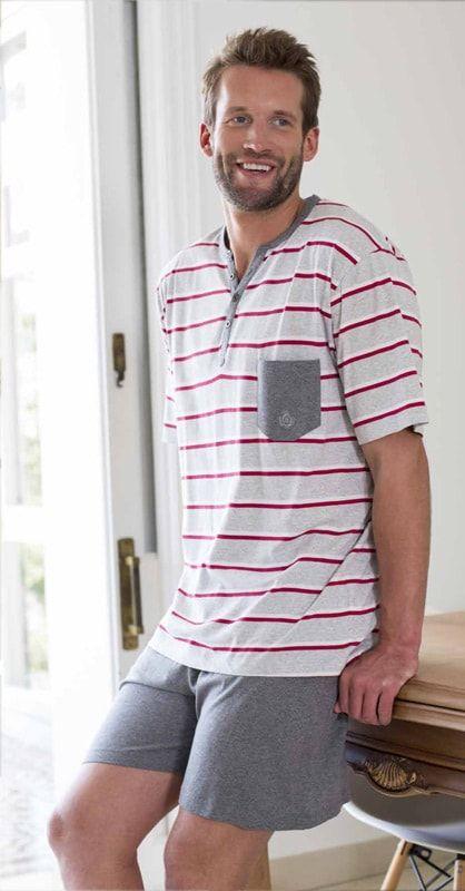 GUASCH - Pijama de manga y pantalón corto tipo bermuda, en tonos grises con pequeños detalles que le dan un aire más nuevo y moderno - Prendas en Oferta