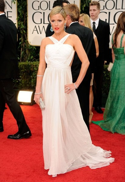 Kathleen Robertson wearng MLH dress at the Golden Globes