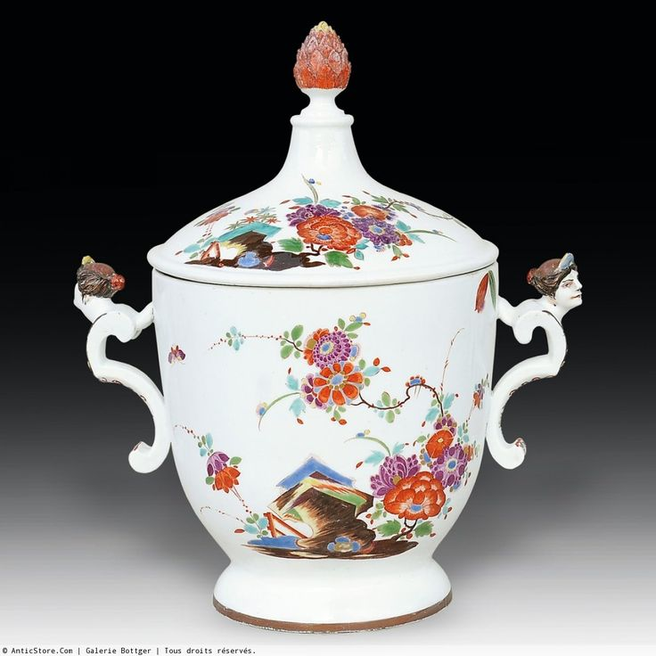 Meissen porcelain pot, circa 1730 Large Meissen porcelain pot with lid, decorated with 'indianische Blumen' and insects. The handles mounted busts of women Probably model of Johann Christoph Ludwig von Lücke