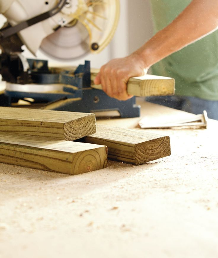 'KNOTTY' LESSONS IN LUMBER