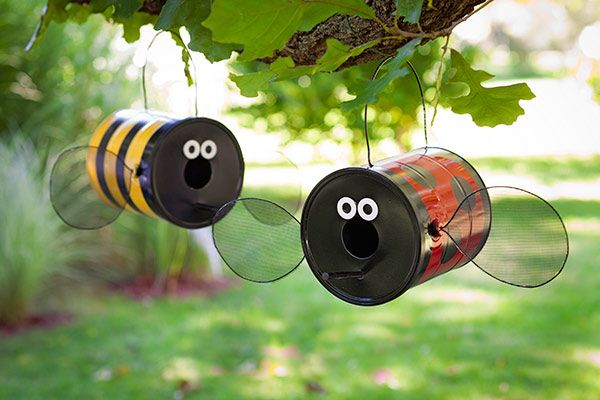 Want to get the kids involved in an Earth Day project? Try these super-fun (and super-easy!) bumblebee and ladybug birdfeeders. These one-day projects come without a big cost to your wallet or the planet — especially if you use recycled paint cans rather than new ones.