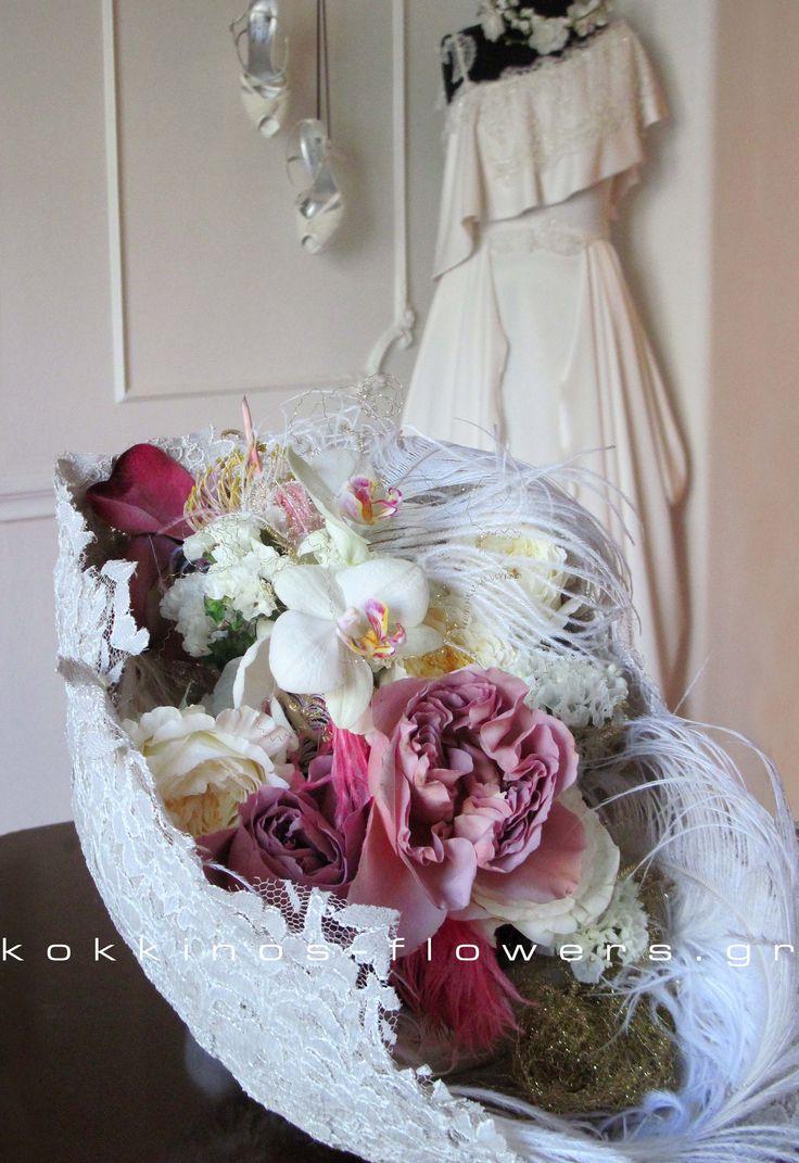 table decor | david austin roses | wedding | lace http://www.kokkinos-flowers.gr/index.php?lang=en&Itemid=528