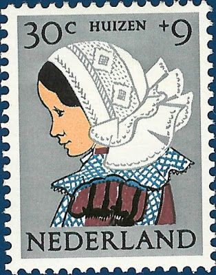P8 Buttons & Fabrics: Traditional Costumes : Postage Stamps Holland 1960