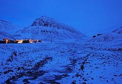 Experience a 24 hour night (Polar night)