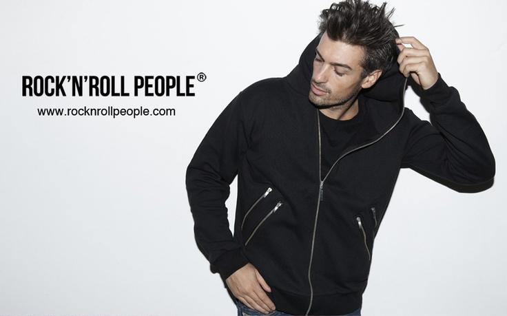 International fashion model, Samuel De Cubber, wearing mens black hoodie w. double zippers, See: http://rocknrollpeople.com/shop/men/jewelry/nikolai-black-dobbelt-zip/