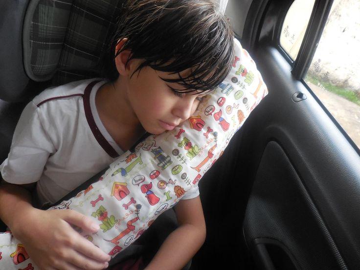 Como fazer uma almofada de cinto de segurança para criança