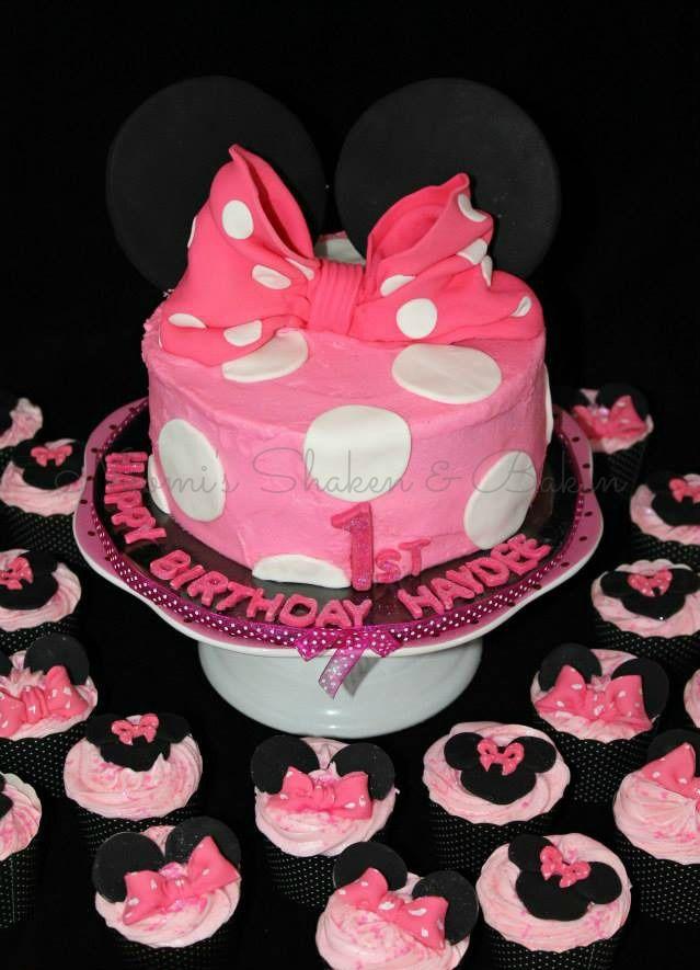 Minnie Mouse cake birthdaycake cakedecorating birthday