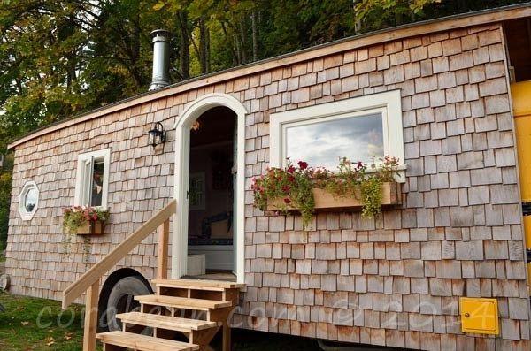 Antigo Autocarro Escolar Transformado Em Casa Incrível - Cultura | ChiadoNews