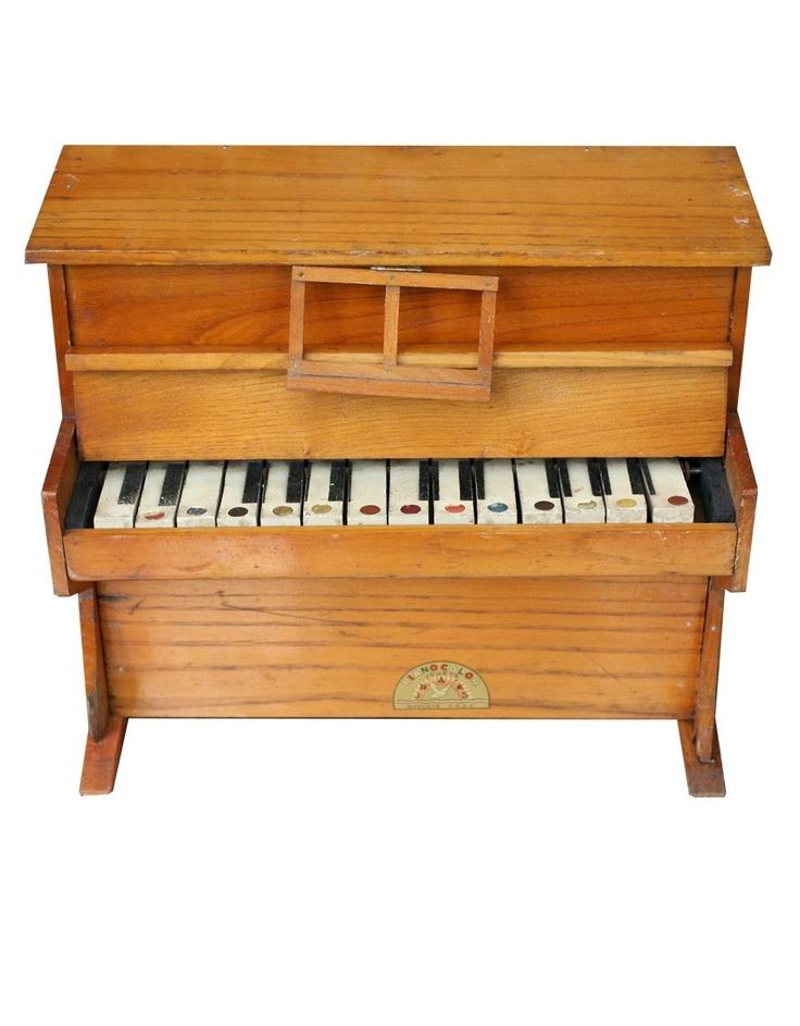 piano jouet en bois cadeau d 39 anniversaire de mes 7 ans. Black Bedroom Furniture Sets. Home Design Ideas