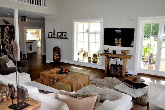 Living room decore. - Nicole Alyse