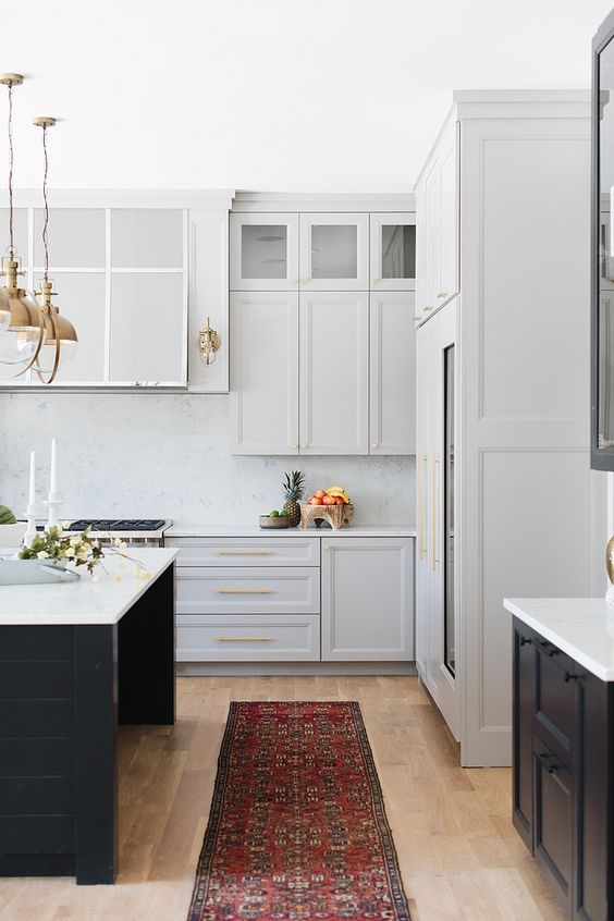 Benjamin Moore Grey Husky The Perimeter Cabinets Are Painted In This Beautiful Pale Gray