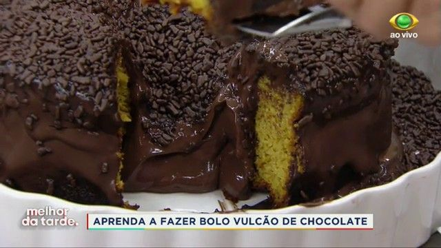 A Chef Flora Castro Ensinou Como Fazer Um Delicioso Bolo Vulcao De