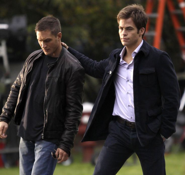 Tom Hardy Photos: Tom Hardy And Chris Pine On The Set Of 'This Means War'