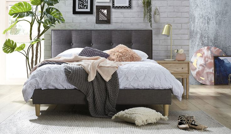 Affordable Grey Fabric Queen Size Bed With Tufted Oned Headboard