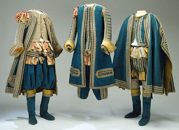 Men's clothing | 1672