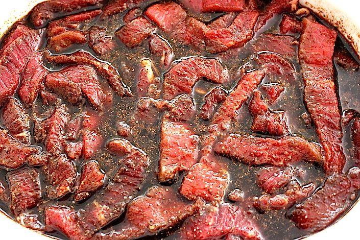 Homemade Organic Grass Fed Beef Jerky Recipe - Whole Lifestyle Nutrition | Organic Recipes | Holistic Recipes