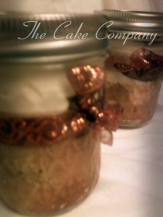 pumpkin cakes in a jar | This and That | Pinterest