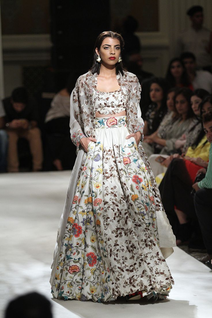 17 best ideas about anamika khanna on pinterest indian for Fashion design consultant