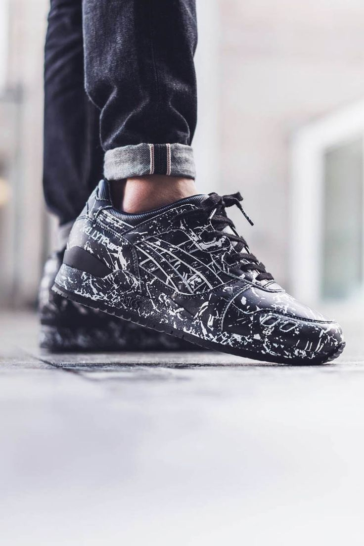 Asics #sneakers #asics || Follow @filetlondon for more street style #filetlondon