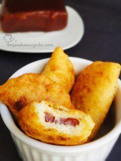 Brisando na Cozinha: Pastelzinho com massa de queijo e recheio de goiabada