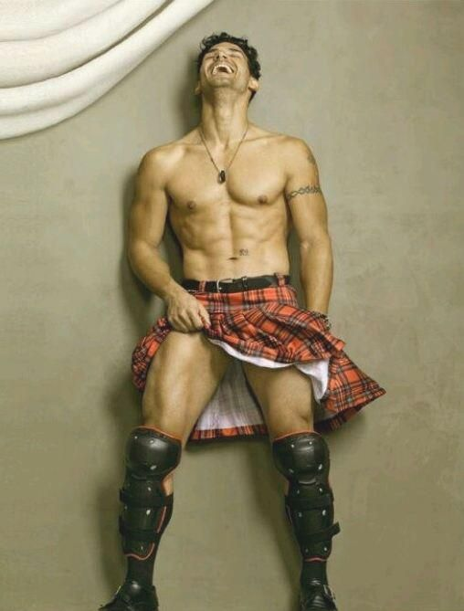 I saw no reason not to pin this, sexy men in kilts | Tantalizing Tuesdays: Men In Kilts | In Stefters Humble Opinion